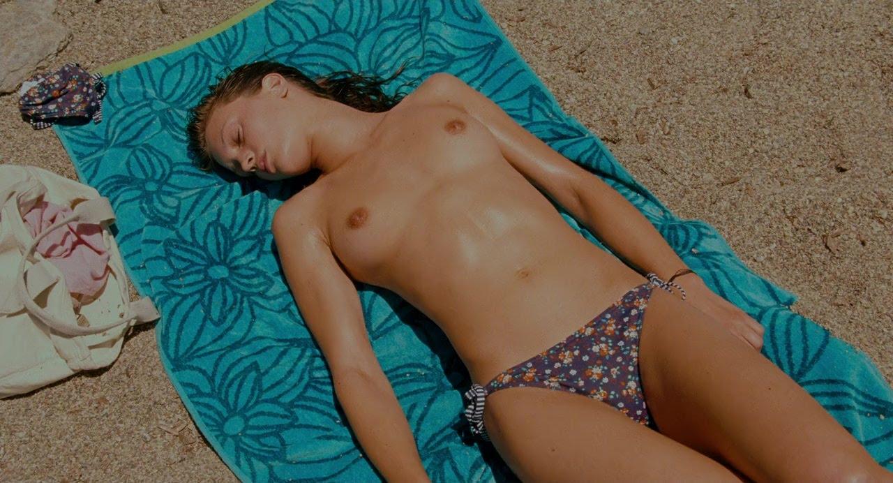 Nonton Film Young & Beautiful (2013) BRRip Sub Indo